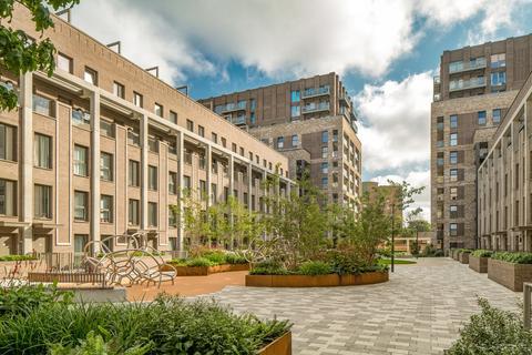 Barratt London - Upton Gardens