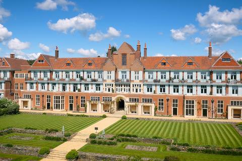 City & Country - King Edward VII Estate