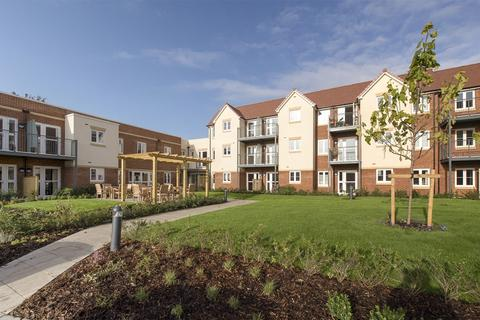 McCarthy Stone - Shilling Place - Plot 76, The Lincoln at Catherington Park, Woodcroft Lane, Waterlooville, Hamsphire PO8