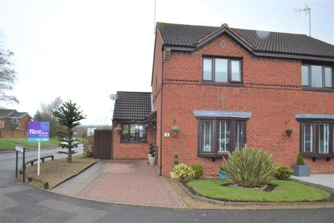 3 bedroom house for sale - Levetts Hollow, Hednesford, Cannock