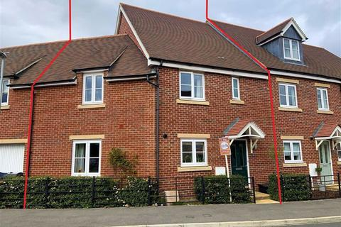 3 bedroom terraced house for sale - Brooklands, Chippenham, Wiltshire, SN15