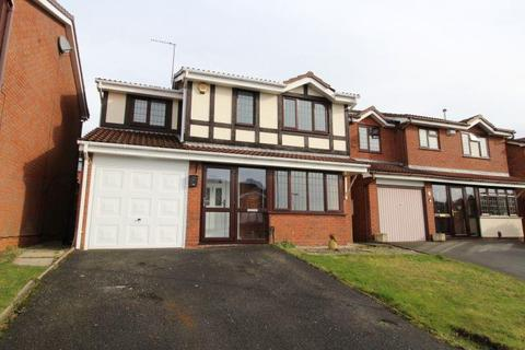 4 bedroom house to rent - Tintagel Drive, Dudley