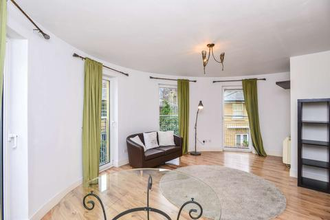1 bedroom flat to rent - Rogers Court, Westferry, London