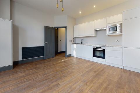 2 bedroom apartment to rent - Greyhound Lane,  London, SW16