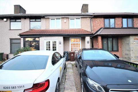 3 bedroom terraced house for sale - Bromhall Road, Dagenham