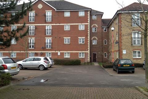 2 bedroom flat to rent - Stern Close, Barking, Essex, IG11