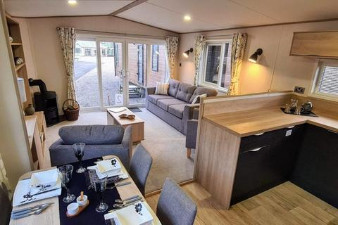 2 bedroom mobile home for sale - South Lakeland Leisure Village, Borwick Lane, Lancashire, LA6