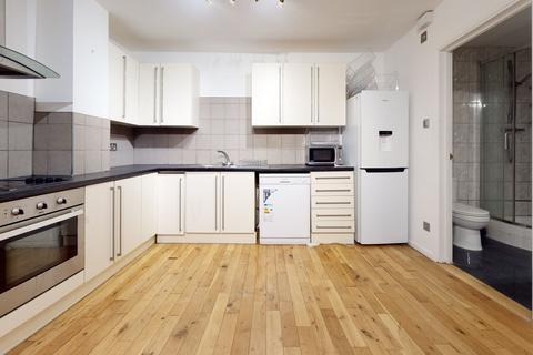 1 bedroom apartment to rent - St. Aubyns Road, London, SE19
