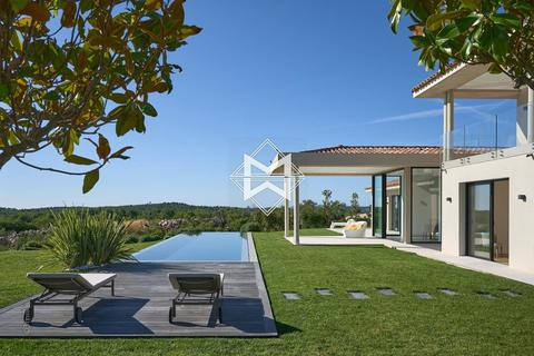 5 bedroom house - Roquefort-les-Pins, 06330, France