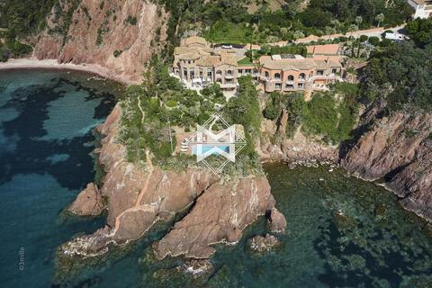 10 bedroom house - Alpes-Maritimes, France