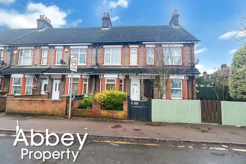 3 bedroom terraced house for sale - Beechwood Road, Luton