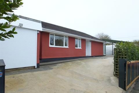 3 bedroom bungalow for sale - Meadow Road, Jameston, Tenby, Pembrokeshire, SA70