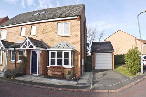 4 bedroom semi-detached house for sale - Towneley Court, Castlefields, NE42