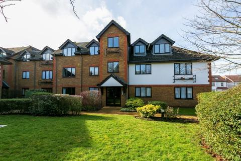 1 bedroom flat to rent - Cranleigh Court, Marksbury Avenue, Kew, Richmond, Surrey