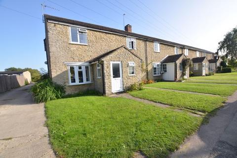 2 bedroom cottage for sale - Station Road, Launton