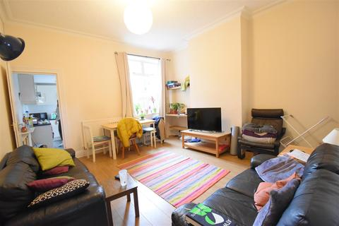 5 bedroom terraced house to rent - Selly Oak, Birmingham, B29 7PX