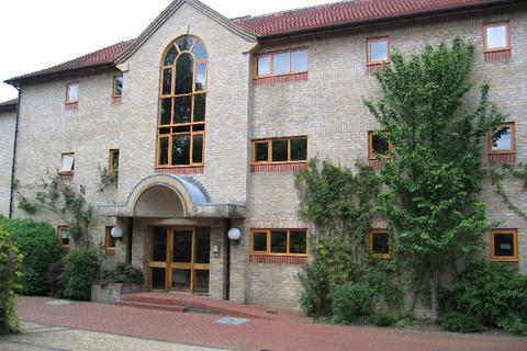 2 bedroom flat to rent - Brooklands Court, Brooklands Avenue, Cambridge, Cambridgeshire, CB2
