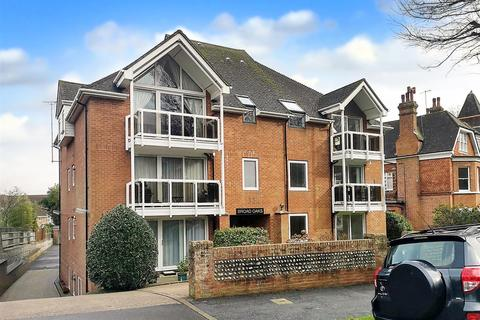 1 bedroom flat for sale - Silverdale Road, Eastbourne