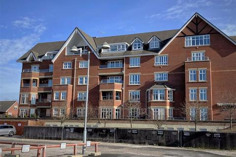 3 bedroom apartment for sale - The Breakers, Victory Boulevard, Lytham