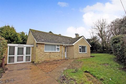 2 bedroom bungalow for sale - Debdale, Valley Road, Finmere