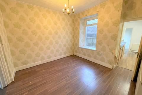 2 bedroom end of terrace house for sale - Field Street, Swansea