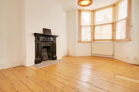 1 bedroom flat to rent - Sandringham Road, London