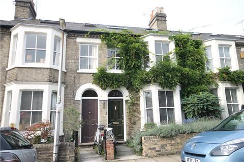 3 bedroom terraced house to rent - Herbert Street, Cambridge, CB4