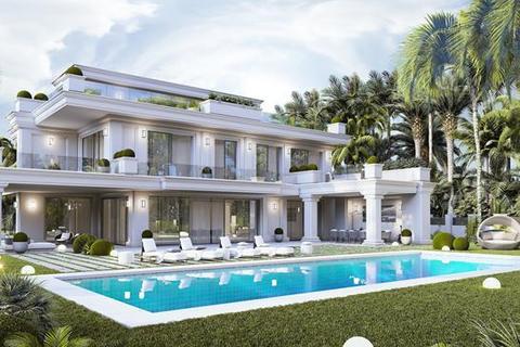 5 bedroom villa - Las Lomas del Marbella Club, Marbella, Malaga