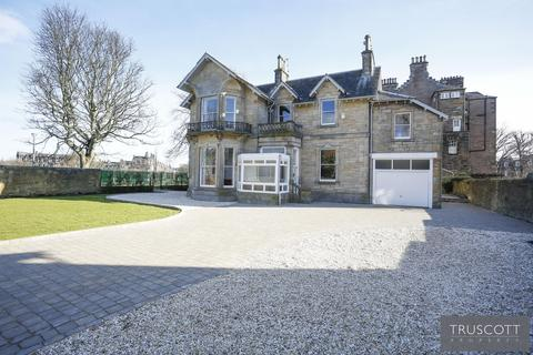 5 bedroom link detached house for sale - Linkfield House, 2 Greenhill Gardens, Greenhill, Edinburgh, EH10 4BW