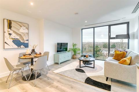 2 bedroom flat for sale - Wickliffe Avenue, London, N3