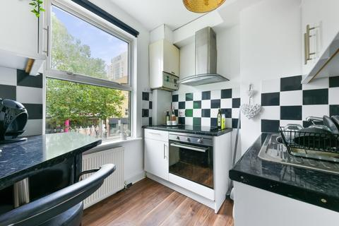 Apartment to rent - Finsbury Park, Islington, N4