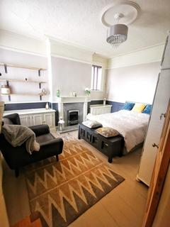 1 bedroom in a house share to rent - Richmond Road, Handsworth, Sheffield S13
