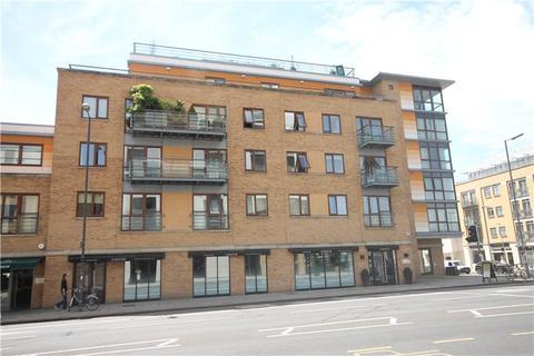 2 bedroom flat to rent - The Levels, 150 Hills Road, Cambridge, CB2