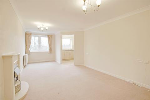 1 bedroom retirement property for sale - Oaktree Court, Addlestone Park, Addlestone, Surrey, KT15