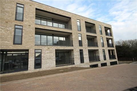 2 bedroom flat to rent - Raeburn House, Lapwing Avenue, Trumpington, Cambridge, CB2