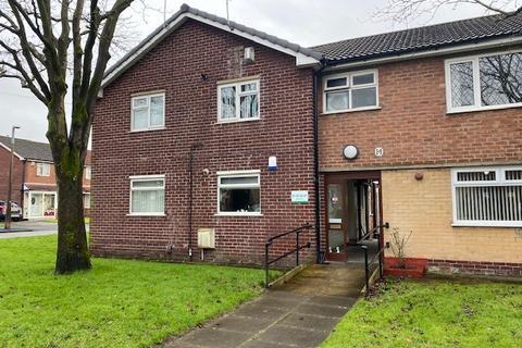 2 bedroom flat to rent - Heywood Street, Swinton M27