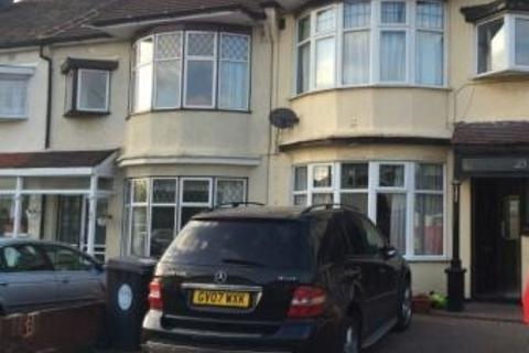 3 bedroom terraced house to rent - ROLLS PARK AVENUE , CHINGFORD E4