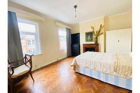 House share to rent - Stronsa Road, Wendell Park