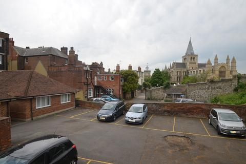Office to rent - Castle Hill Mews, Rochester