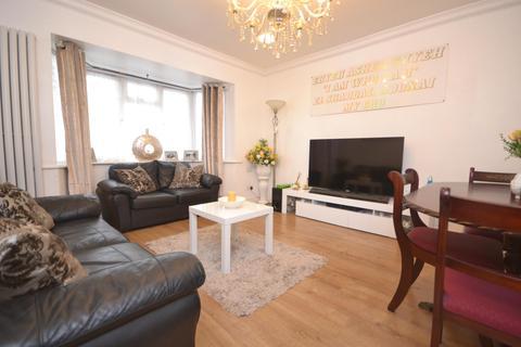 3 bedroom terraced house to rent - Salcombe Road, Reading, RG2 7LJ