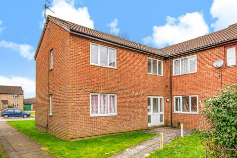 Studio for sale - Garron Close,  Aylesbury,  Buckinghamshire,  HP21