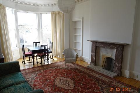 2 bedroom flat to rent - Findhorn Place, Newington, Edinburgh, EH9
