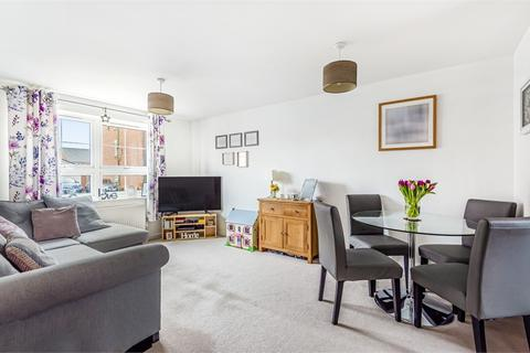 2 bedroom flat for sale - Oyster Court, 41 Blackbourne Chase, Littlehampton, West Sussex