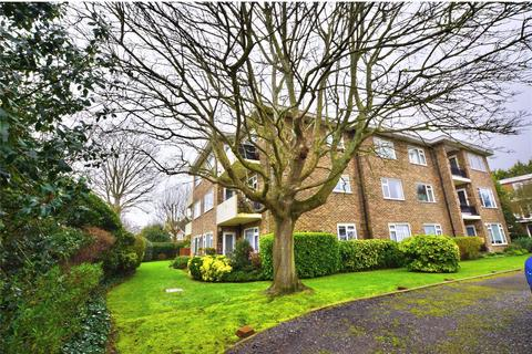 2 bedroom apartment for sale - Wallace Avenue, Worthing, West Sussex, BN11