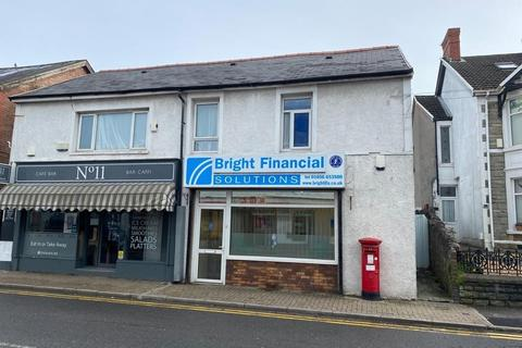 Office to rent - Ground floor showroom/business unit,13 Ewenny Road, Bridgend, CF31 3NH