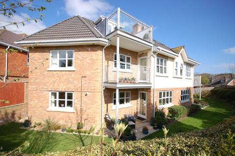 2 bedroom apartment for sale - Lavender Walk, Barton On Sea, New Milton