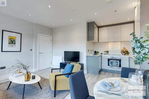 2 bedroom apartment for sale - Reedham Drive, Purley