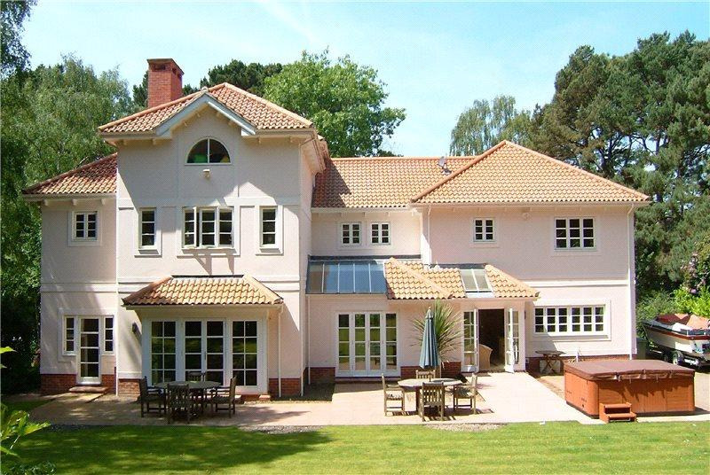 5 Bedrooms Detached House for sale in Canford Cliffs Road, Canford Cliffs, Poole, Dorset, BH13