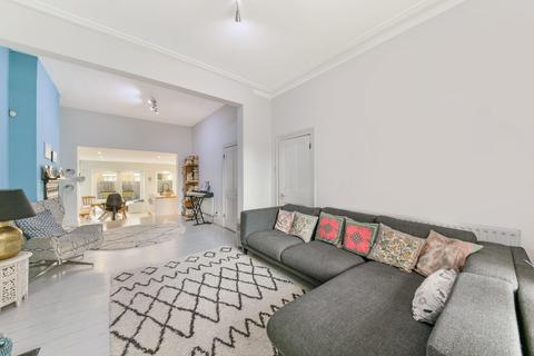 4 bedroom semi-detached house for sale - Heber Road, London SE22