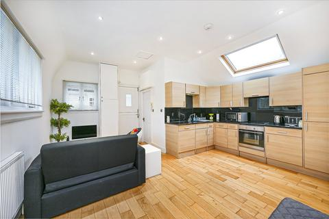 2 bedroom flat for sale - The Avenue, Bedford Park, Chiswick, London, W4